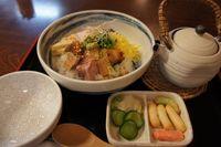ゑびやの塩焼鶏丼