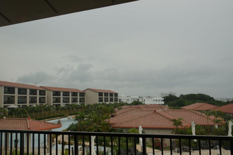 空はどんより雨模様