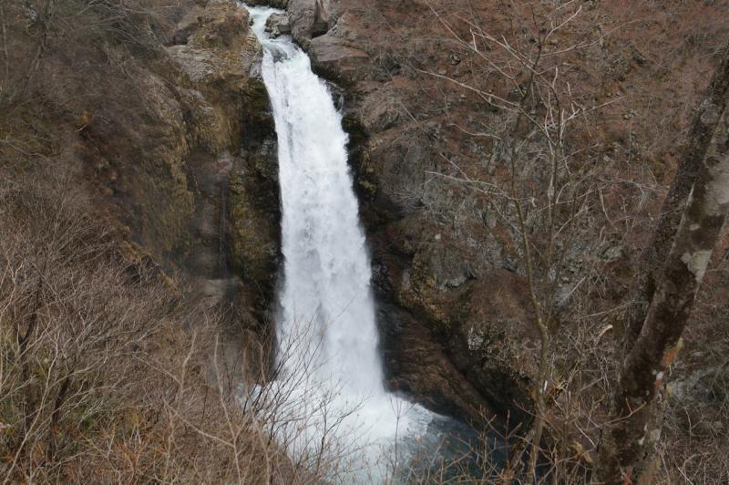 展望台から見た秋保大滝